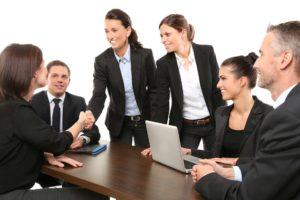 Créez, achetez ou vendez votre entreprise avec Swiss Keys℠